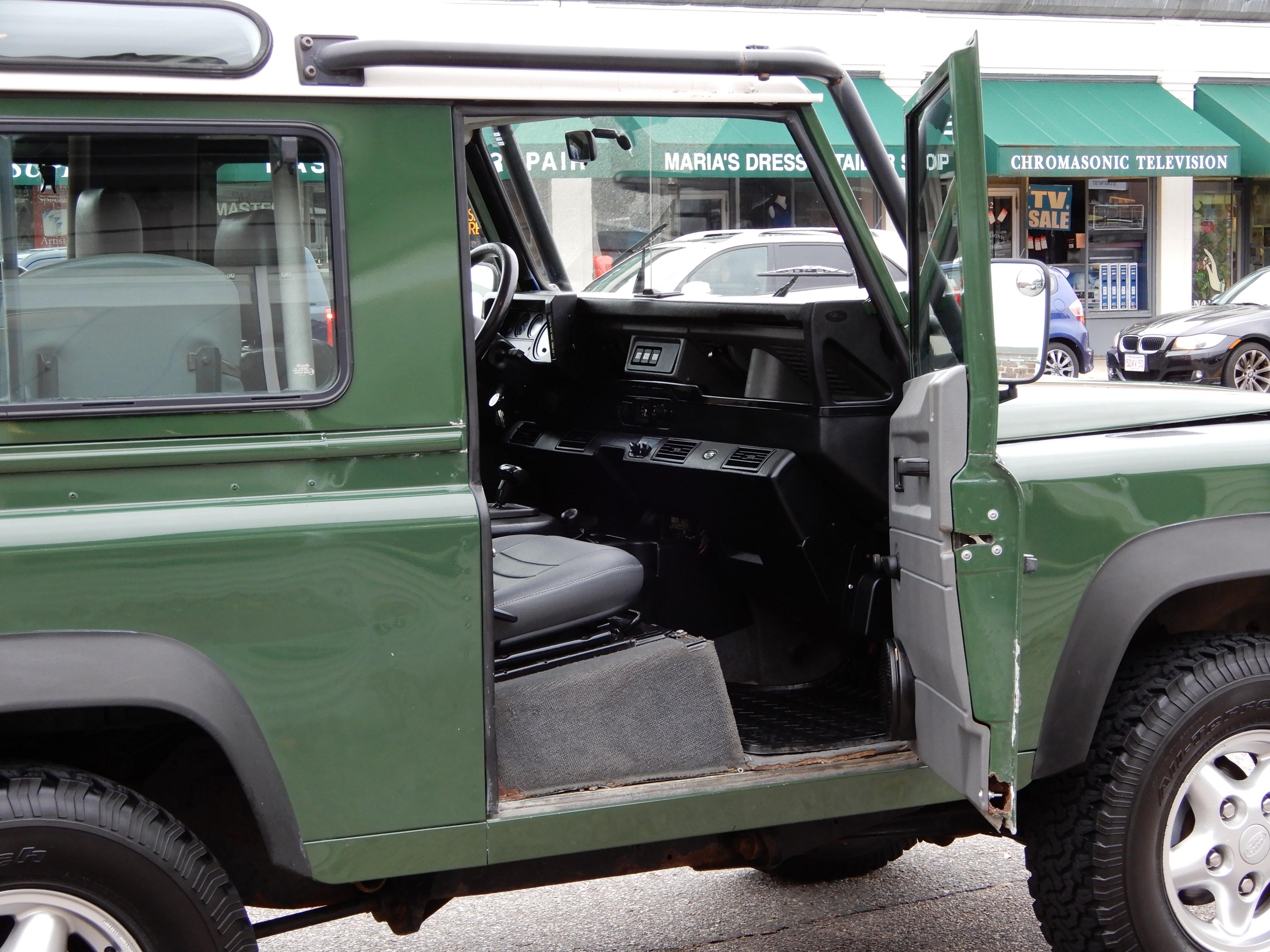 1997 Land Rover Defender 90 station wagon