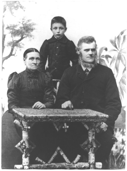 Helmer and his parents