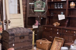 Dutch Lady Antique Mall Booth