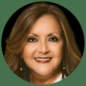 Licenciada Iris Rivera Ortiz