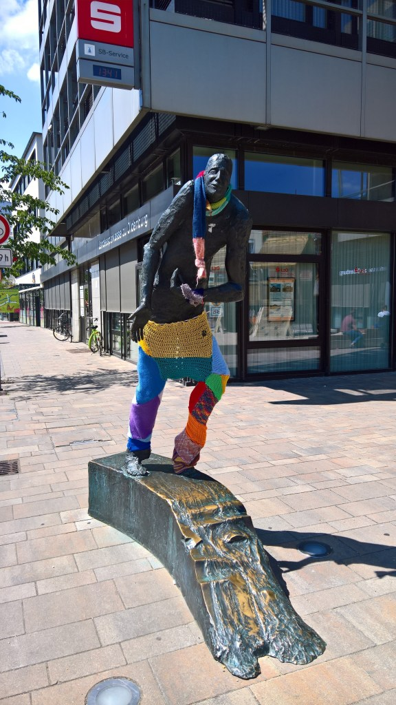 Guerilla knitting Cloppenburg