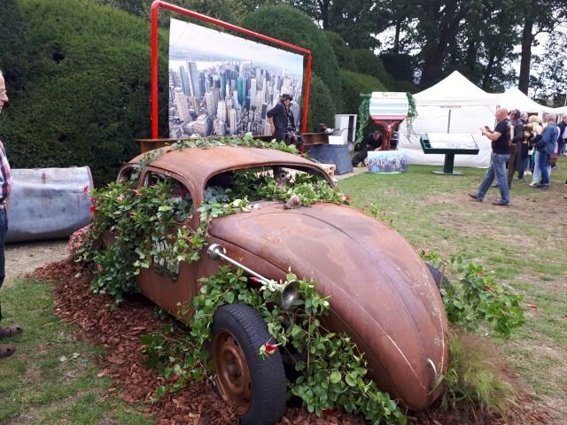 Rusty Volkswagen Beetle