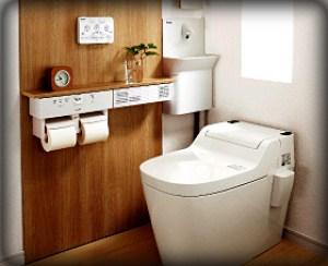 トイレの夢占い・トイレに携帯・スマホを落とす、落ちる夢