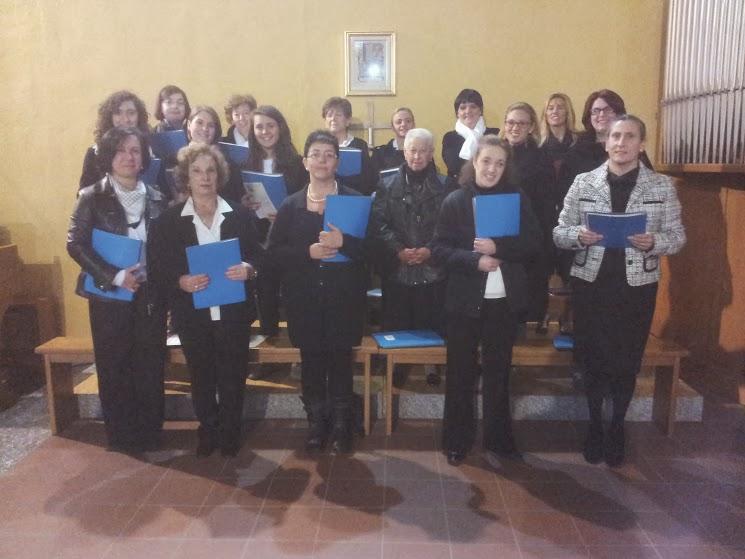 Il coro S.Giorgio di Desio quando la formazione era composta solo da voci femminili