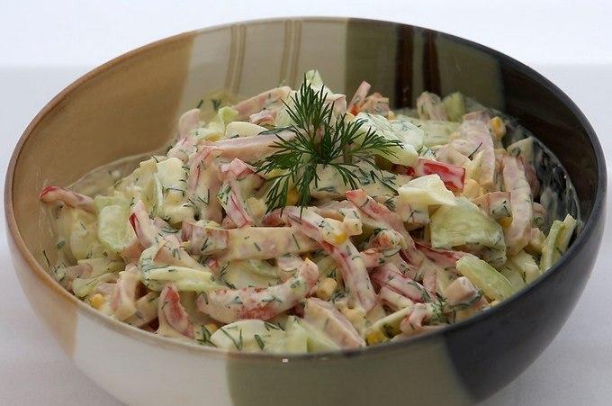 9 вкуснейших салатов на каждый день! Это подборка упростит Вам жизнь