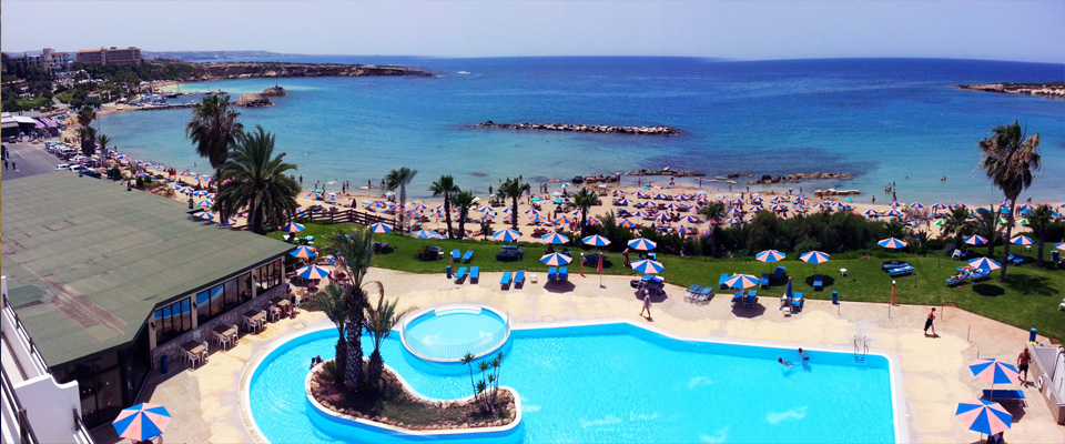 Corallia Beach Hotel Appartments  Come in as guests