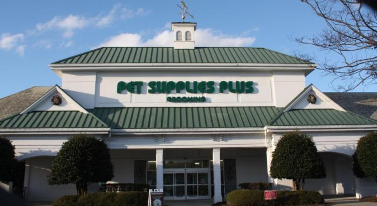 Pet Supplies Plus Comes to Coral Springs