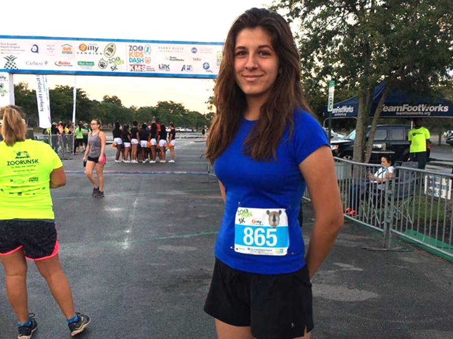 Stephanie Sheltra running in the Zoo Miami 5K