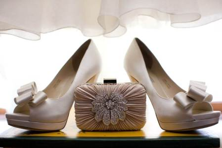 Bridal Peep Toe Heels with Vintage Style Champagne Clutch