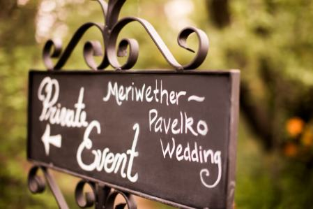 Chalkboard Sign Directing Guests to the Wedding