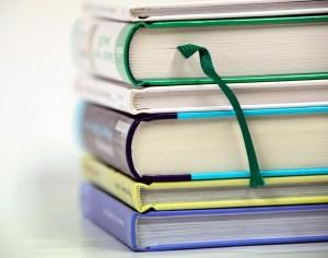 books-1943625_960_720