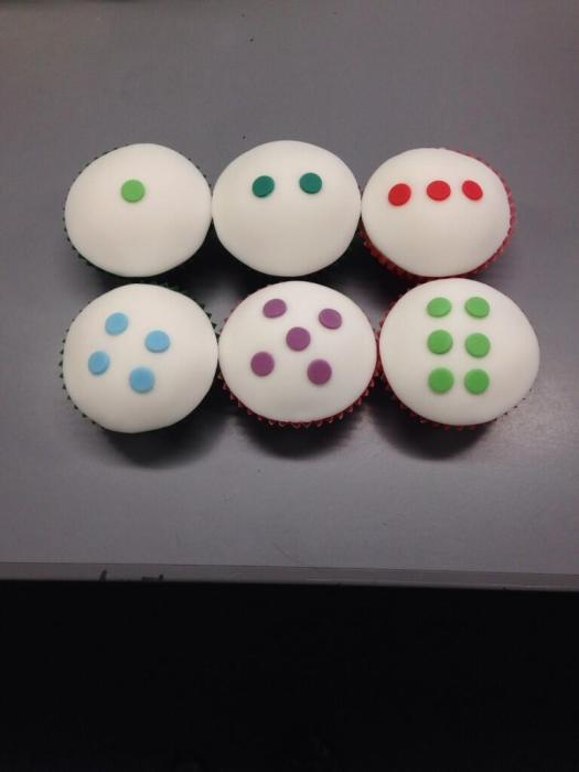 Dice Cupcakes - @MrsLHMaths entry