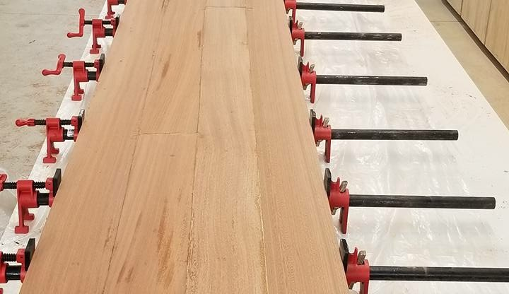 Clamping and Glue Custom Bar Top SA