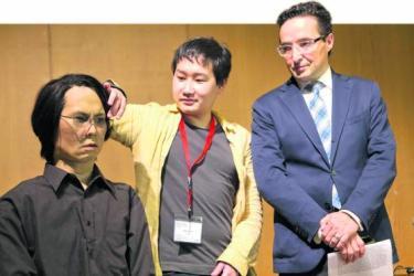 Juan Manuel Corchado - Hiroshi Ishiguro y el humanoide de sí mismo