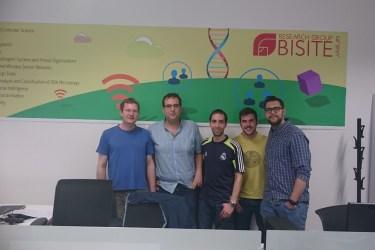 Nikolaus Starzacher con el equipo de BISITE