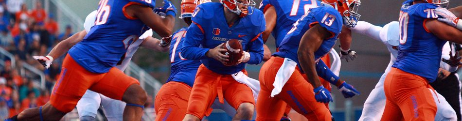 Sep 18, 2015; Boise, ID, USA; Boise State Broncos quarterback Thomas Stuart (3) rolls out during the first quarter against Idaho State Bengals at Albertsons Stadium. Mandatory Credit: Brian Losness-USA TODAY Sports