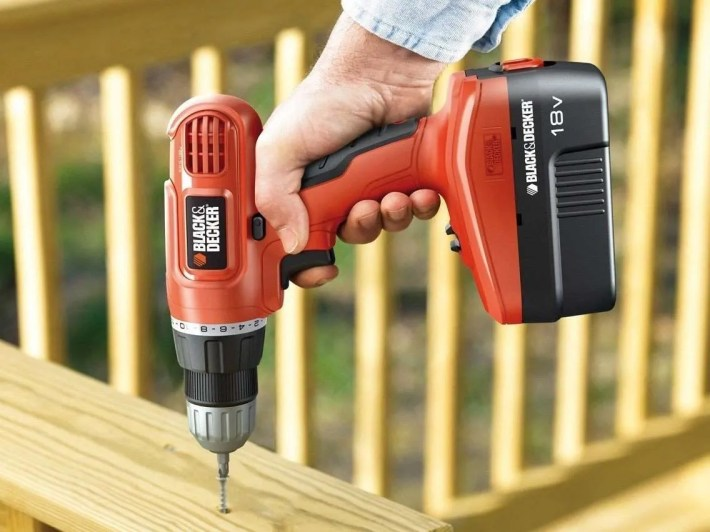 black-decker-epc18ca-in-action