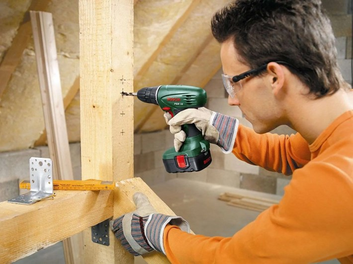 Using the Bosch PSR 18