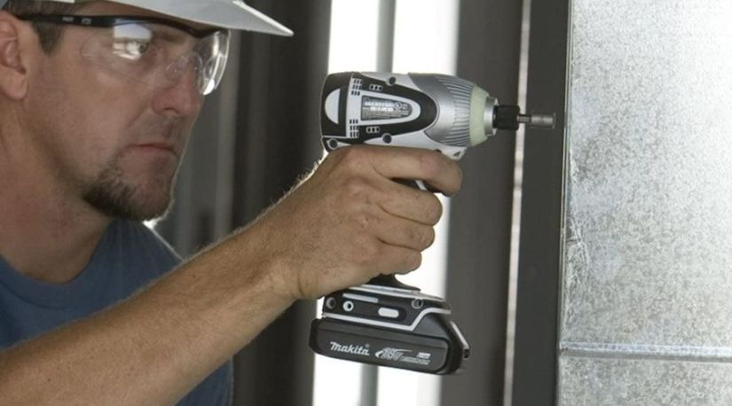 Makita LCT300W 18-Volt, one of the best cordless makita drill in use to drill through a concrete material