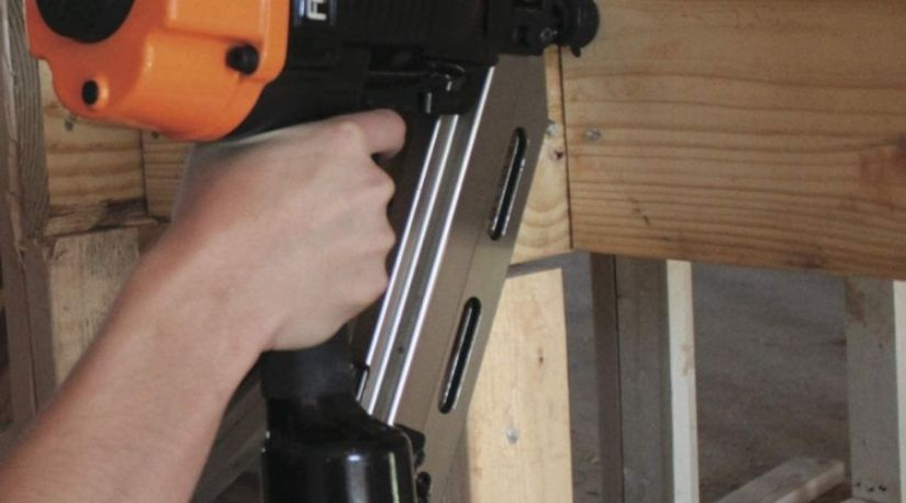 best cordless nail gun for fencing in use for nailing