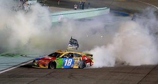 BUSCH CELEBRA SU SEGUNDO TÍTULO DE NASCAR