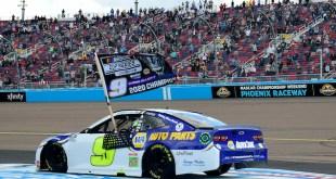 ELLIOT SE CONSAGRA MONARCA 2020 DE LA NASCAR