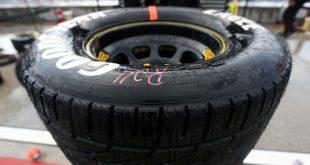 LA NASCAR LLEVA A CABO UNA PRUEBA DE NEUMÁTICOS DE LLUVIA PARA ÓVALOS