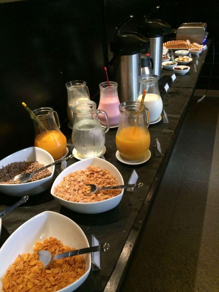Desayuno en el Esplendor Palermo Hollywood.