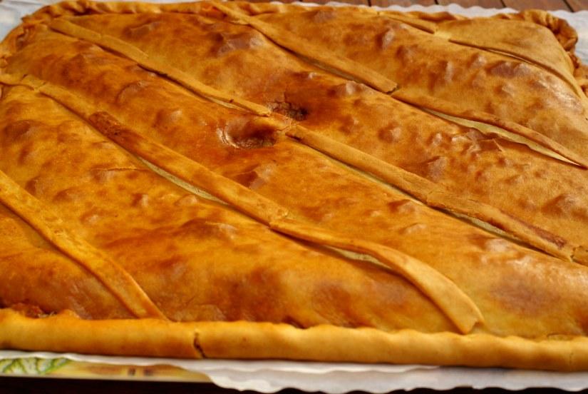 Empanada gallega casera.