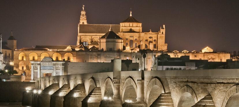 Puente Romano, Puerta del Puente y conjunto monumental Mezquita-Catedral.