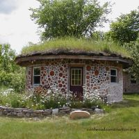 Cordwood Guesthouse (Round) in upstate New York