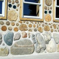 Splashback is a no-no for Cordwood walls: How to fix