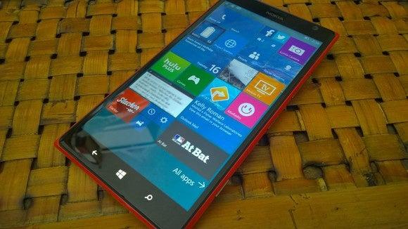 Windows 10 Mobile Build 10136