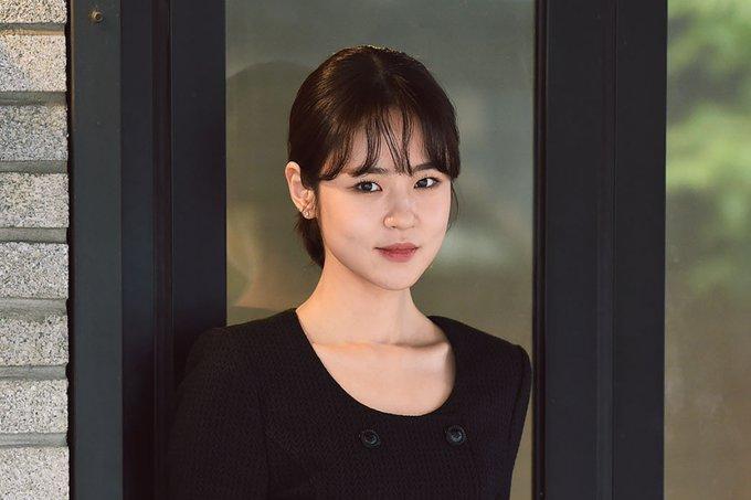 Shim Eun Woo admite as alegações de bullying na escola e compartilha desculpas pessoais