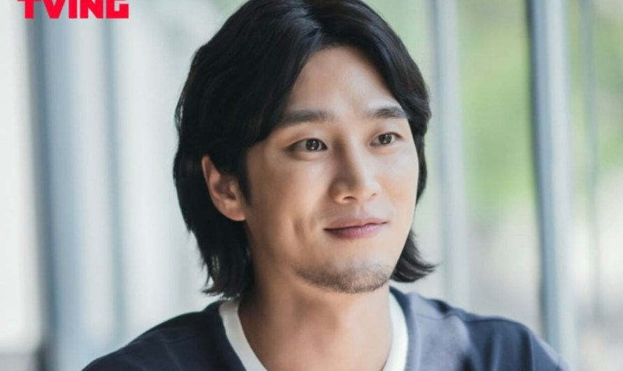 Ahn Bo Hyun tem olhos apenas para Kim Go Eun no drama 'Yumi's Cells'