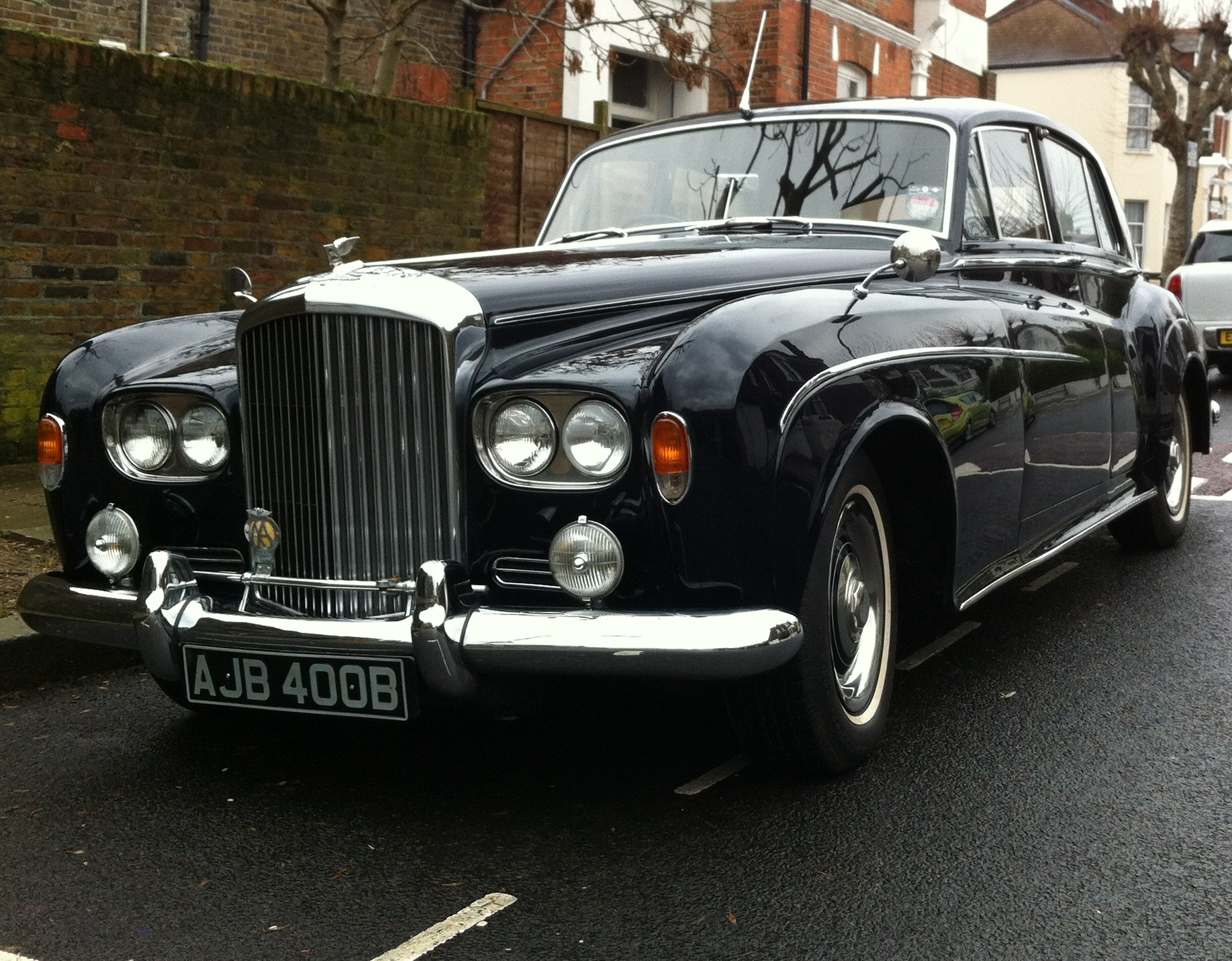 Brian Epstein's Bentley To Go Under The Hammer At Famous