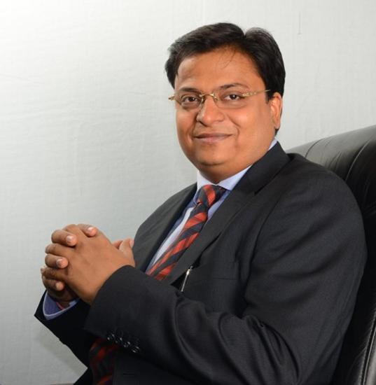 Mr. Rajesh Aggarwal - MD  IIL image