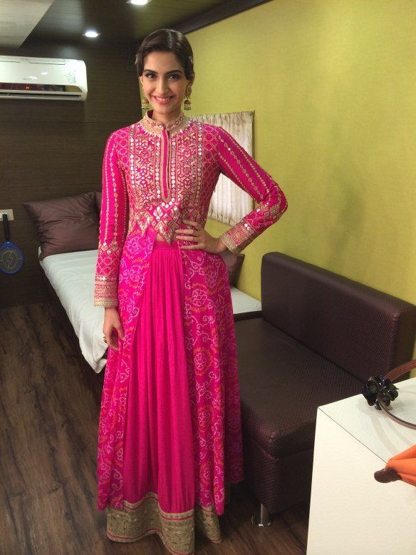 Sonam Kapoor wearing Anita Dongre 6