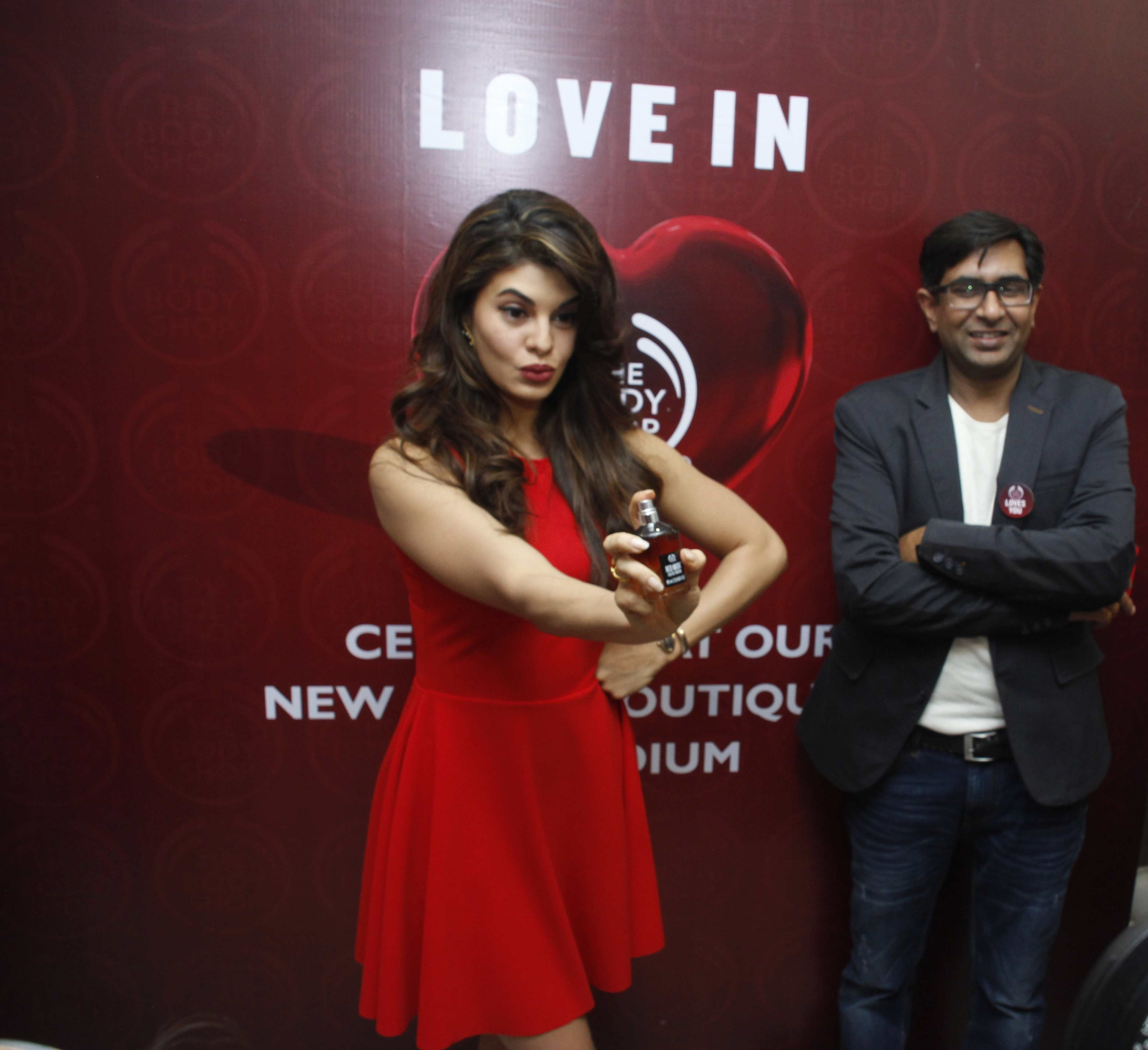 Jacqueline Fernandez Varun Sharma The General Manager The Body Dhop India At The Launch Of