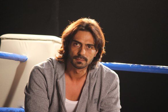Arjun Rampal endorses Discovery Real Heros  everynight 10 pm
