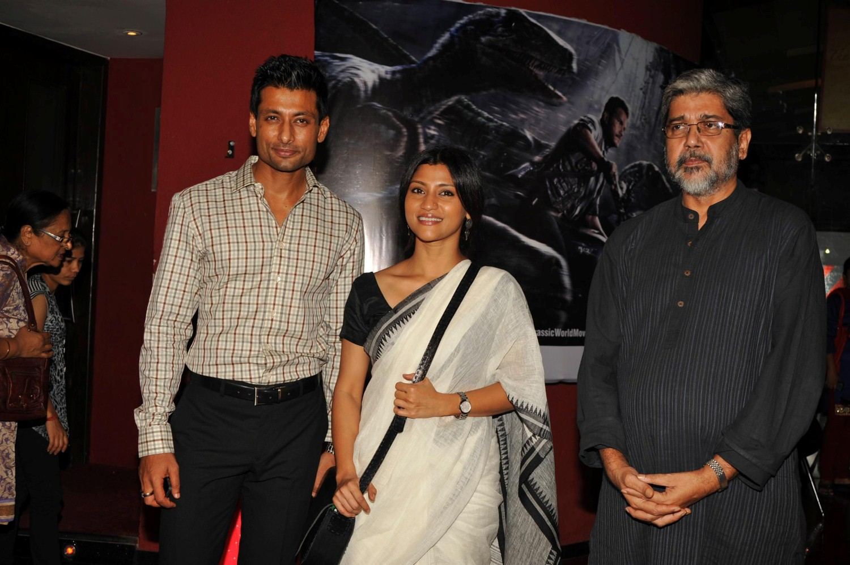 Konkona Sen among cast of Sajarur Kanta gathered on 11th