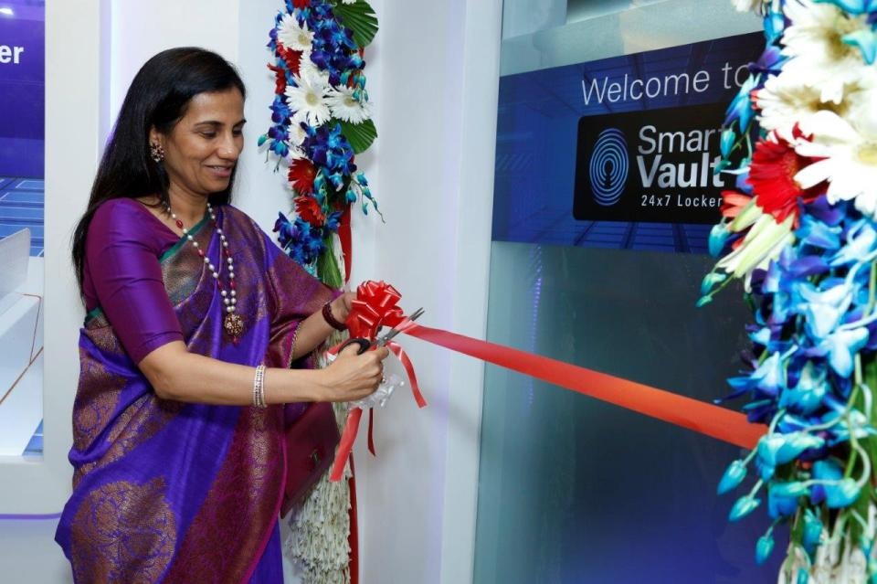 Ms. Chanda Kochhar  MD and CEO  ICICI Bank inaugurates  'Smart Vault'  a fully automated locker in New Delhi
