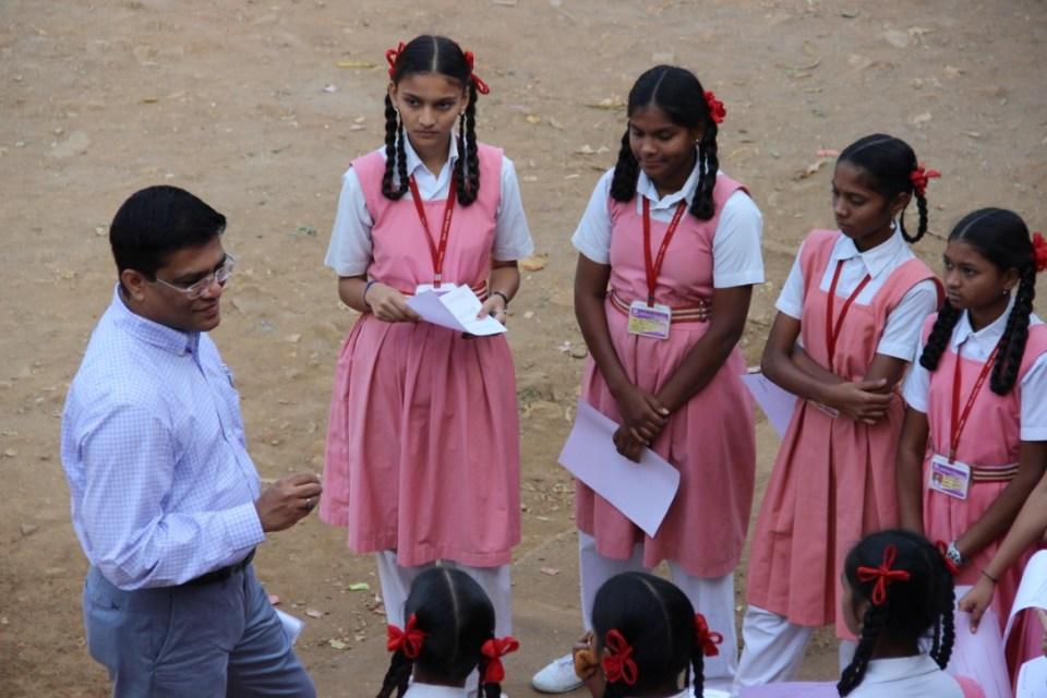 mr-sumit-mitra-head-hr-godrej-industries-and-associate-comapnies-volunteering-in-mumbai