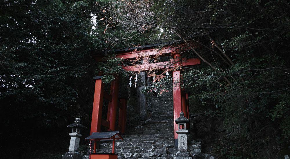 『山の神様』|神社にまつわる不思議な話・怖い話まとめ