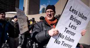 An anti-Islamic protester during a demonstration at Toronto City Hall on March 4, 2017. THE CANADIAN PRESS/Christopher Katsarov