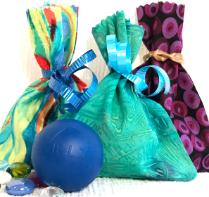 MELT Large Soft Ball and pouch