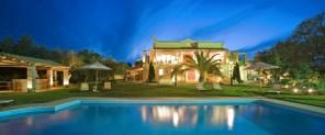 villa-classic-outdoor-pool
