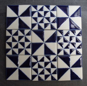 tegels met geometrische decoratie
