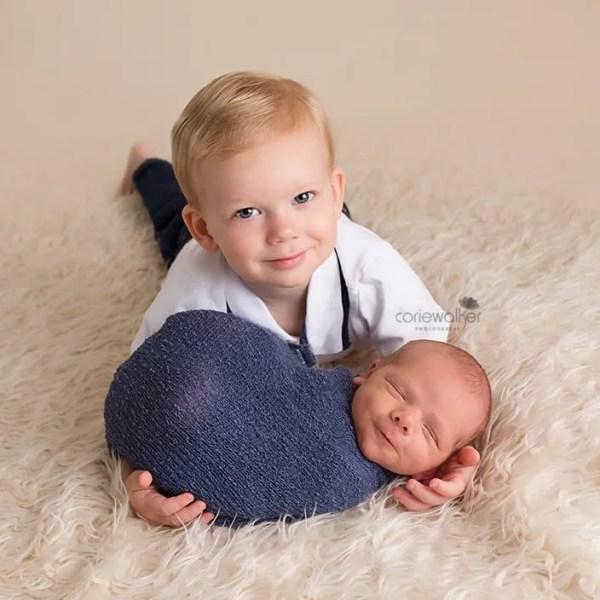 newborn with big brother in Solon Ohio