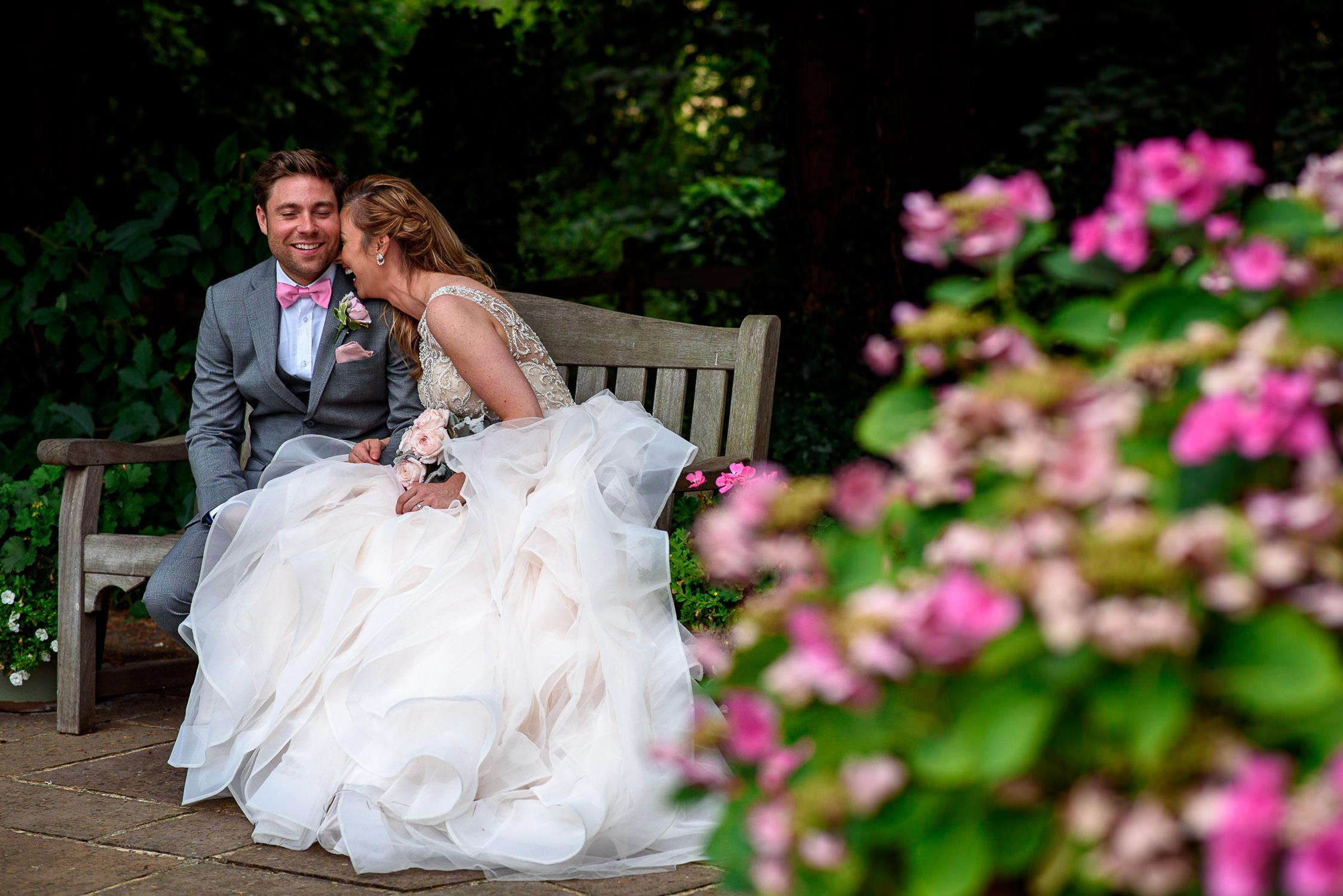 garden party wedding photography